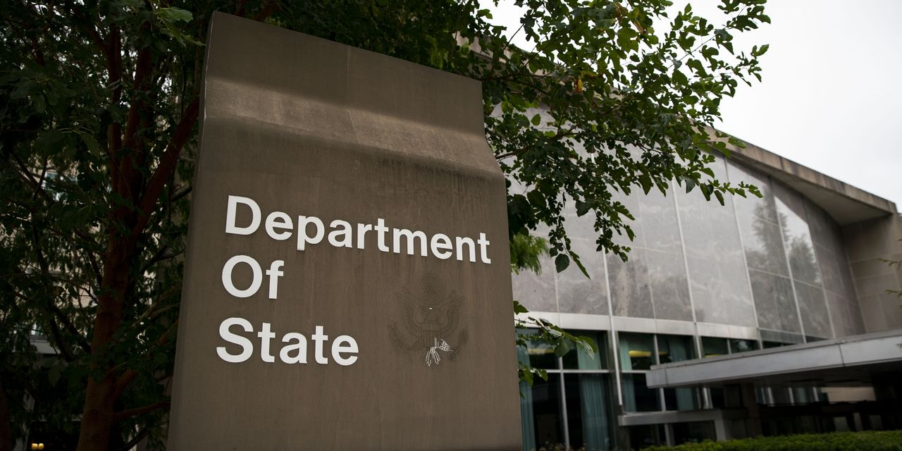 State Department Says Students From Europe Are Exempt From Coronavirus Travel Ban